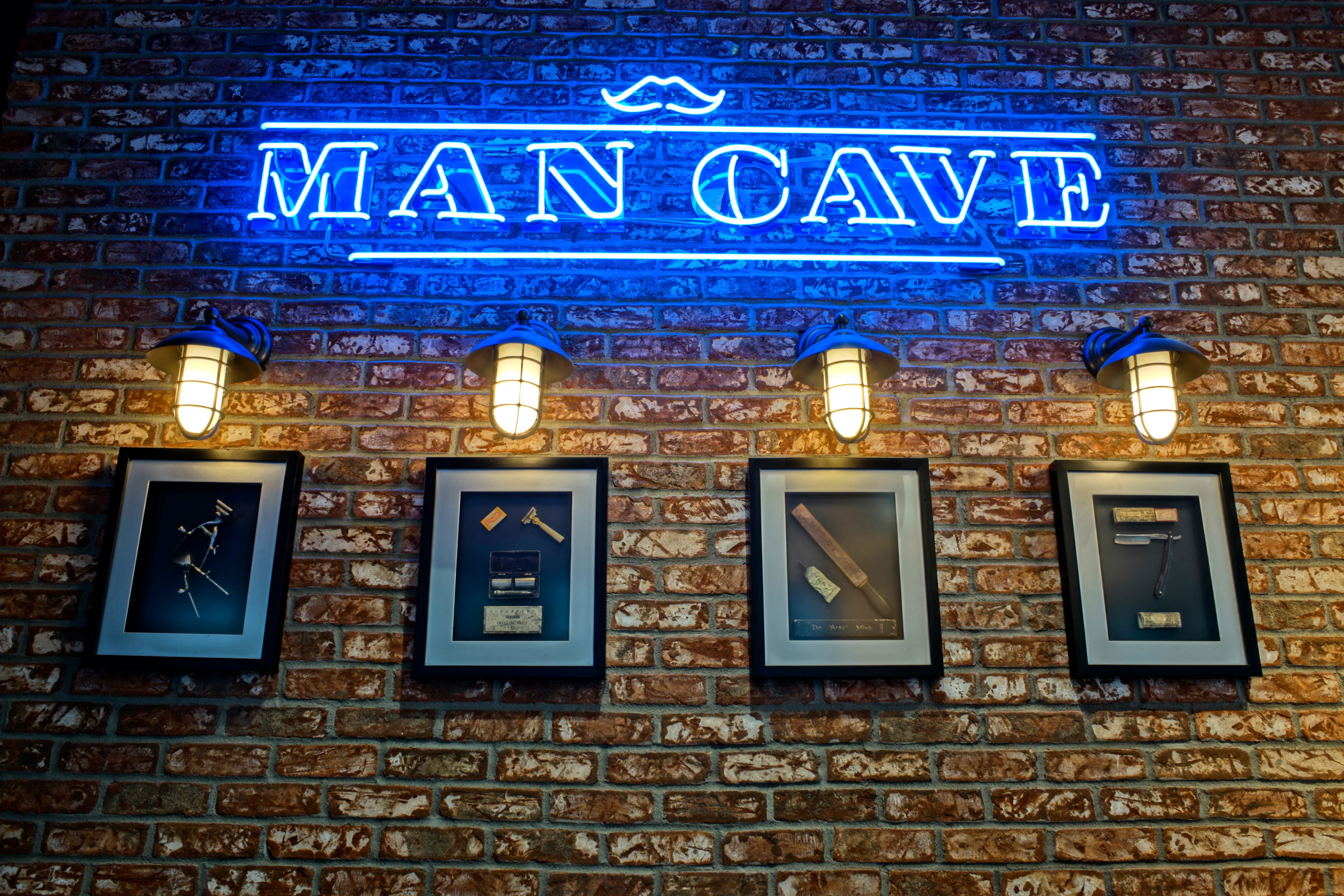 Man Cave Barber Metrotown : The man cave barber shop a place for to call his own